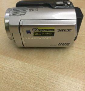 Фото-видеокамера Sony DCR-SR67