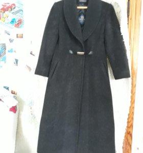 Пальто женское 48-50 р.