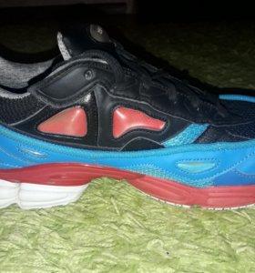 """Кроссовки """"Adidas & Raf Simons"""""""