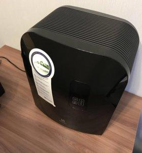 Увлажнитель мойка воздуха Electrolux EHAW-7510d