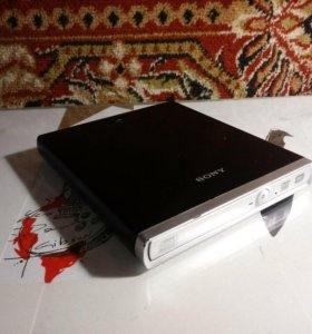 Sony DVD/CD DRX-S70U-W