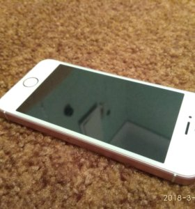 Продам айфон 5se 16 гб.В отличном состоянии