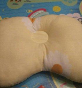 Ортопедическая подушка для малышей.