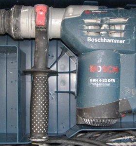 Перфоратор Bosch GBH 4-32DFR