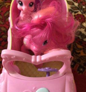 Машина и пони из серии my little pony