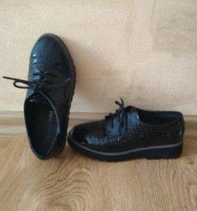 Туфельки по. 35