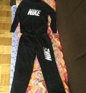 Костюм спортивный Nike, размер -L(52)