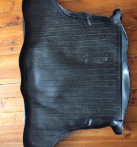 Коврик в багажник резиновый