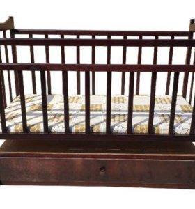 Детские кроватки маятниковые