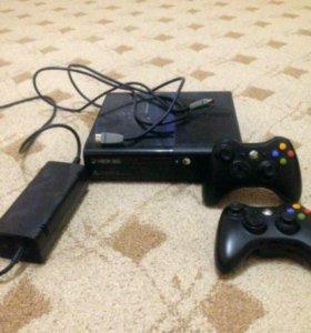 Xbox360слим 250гб+фрибут(без дисков)