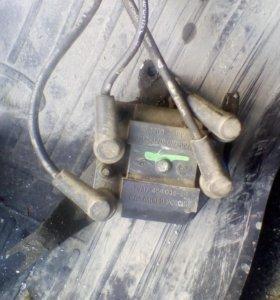 Модуль зажигания с проводами и кранштейном