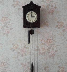 Часы настенные с кукушкой СССР,70-е годы