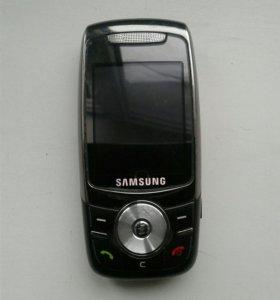 Мобильный телефо SAMSUNG SGH-E740