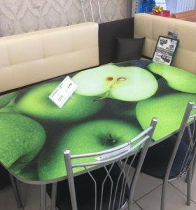 Кухонный уголок , стол