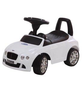 Машинка толокар детская
