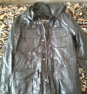 Куртка весенняя (устойчивая к дождю)