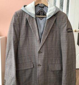Стильный пиджак Dateless S как новый