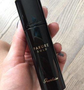 Тональное средство «Guerlain Parure Gold».
