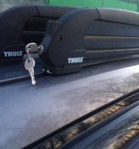 Багажник Thule для лыж и сноуборда