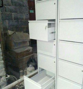 Картотечный шкаф.