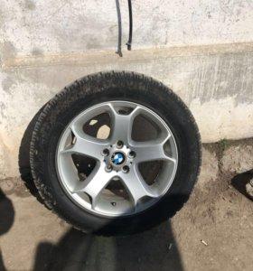 Резина с дисками от BMW X5 255/55 R18 зима