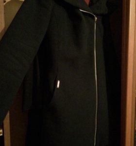 Пальто ,размер S..🌸