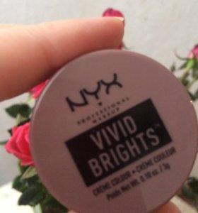 Кремовые тени Nyx