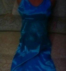 Отдам платье 40-42р