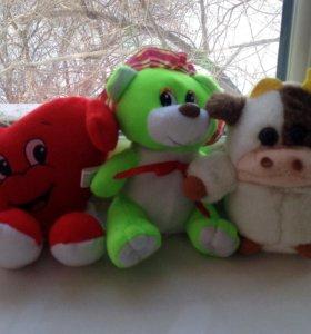 Средние и маленькие мягкие игрушки