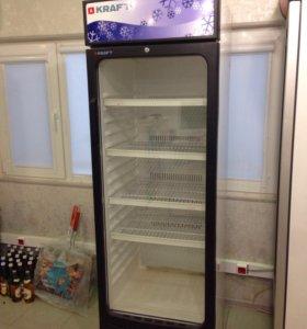 Холодильник витринный вертикальный