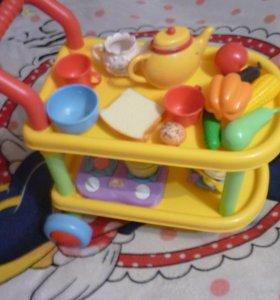 Продам столик игрушечный с посудой