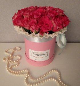29 роз в шляпной коробке с доставкой по СПб