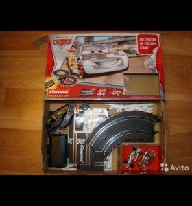 Гоночный трек Carrera Silver Speeders Маквин