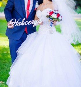 Свадебное платье р.42-44