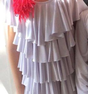 Продам платье на Юниоры-1