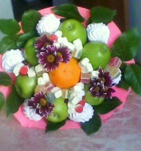 Съедобные букеты из фруктов,зефира,цветов