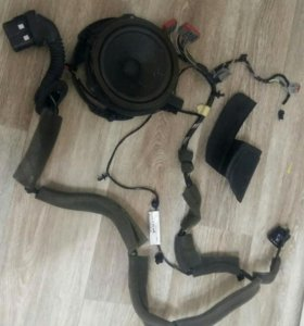 Динамик и электропроводка двери Форд Фокус 3