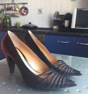 Туфли 41 р-р новые