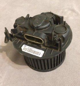 Мотор печки Рено