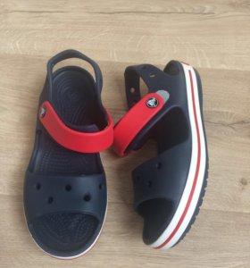 Сандали crocs для девочек и мальчиков