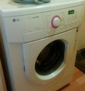 Продам стиральную машинку LG
