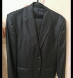 Классический мужской костюм шерсть новый темный