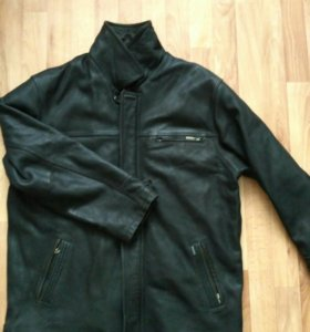 Кожаная куртка, 54-56 размер