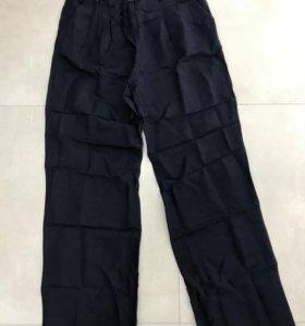 Льняные брюки Benetton