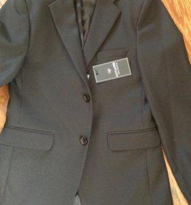 Пиджак школьный новый р.158 черный