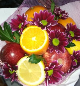 Букетик из фруктов