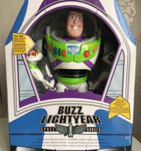 Говорящая игрушка Базз Лайтер