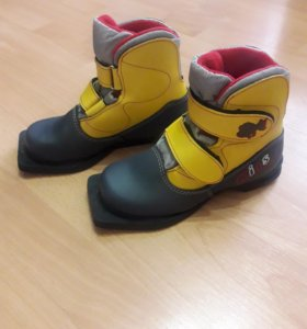 Ботинки лыжные детские (33р)
