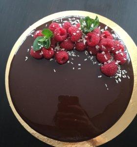 Муссовые торты с зеркальной глазурью на заказ :)