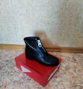 Новая Женская обувь весна размер 38 и 39